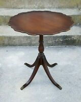 Vintage Antique Mahogany Wood Pie Crust Table Scalloped Brass Claw Foot Accent