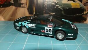 SCALEXTRIC JAGUAR XJ220 Car With Lights & New Rear Tyres !