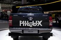HILUX 300mm LONGHORN DECAL**CHOICE OF COLOURS* Car Ute Truck Toyota RMW STICKER