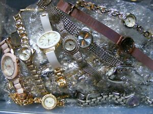 BIG LOT DEAL ON GOLD TONE CLASPED WATCHES UNTESTED N FEW ARE RUNNING