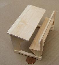 SCALA 1:12 finitura naturale legno scuola scrivania Casa delle Bambole Accessorio Scuola 133