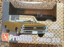 AMT Pro Shop 1965 Pontiac GTO 1:25 Scale Model Kit #31236 R9527