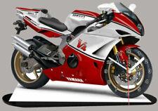 Motos miniatures rouges Yamaha