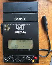 SONY TCD-D3 portabler DAT-Recorder Walkman Breakout-Kabel mit Netzteil, Batterie