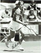 MARTINA NAVRATILOVA  -  Signed 8x5'' B/W NBC Press photo