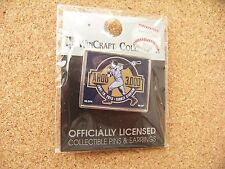 NY New York Yankees Alex Rodriguez 3000 hits lapel pin Yankee Stadium dated Arod