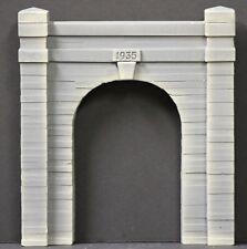 6167 Single Track Tunnel Portal Concrete Construction O Scale