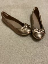 Girl's Gold Sparkly Flats Size 2