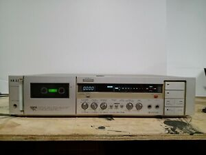 Akai GX-F31 - high end tape deck with remote and sensor