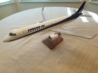 Vintage Airplane Desktop Model Embraer 195 1/72