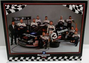 1997 Dale Earnhardt #3 Goodwrench Monte Carlo Race Team - Photo Card
