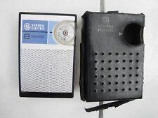 VINTAGE GENERAL ELECTRIC 8 TRANSISTOR  Radio w/ damaged Faux leather case, works