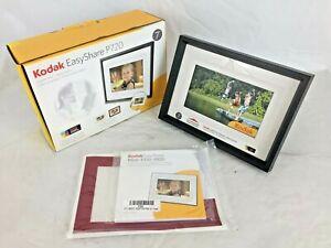 "Kodak EasyShare P720 7"" Digital Photo Frame w/ Accessories"