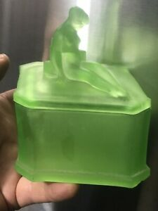 Vintage Uranium Vaseline Art Deco Frosted Phoenix Glass Co Nude Dresser box 1929