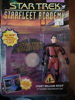 1996 Playmates: Star Trek Action Figure Starfleet Academy_William Riker with cd