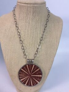 Stunning Silpada sterling Silver 925 Red Shell Resin Pendant necklace