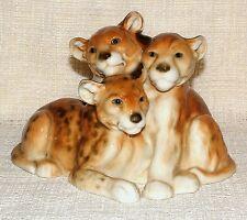 VINTAGE DECO Karl Ens Volkstedt figurine de trois Lion Cubs Légère A/F