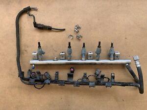 2004 2005 2006 Volkswagen Touareg 3.2L Fuel Rail Injection Line w/ Injectors OEM
