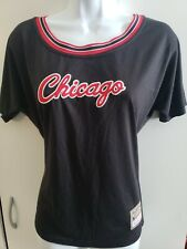 🔥🔥Chicago Bulls NBA Mitchell & Ness Vneck Youth Large Women's small NEW!🏀🏀