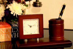 Classical Wooden Table Desk Clock Temperature Humidity  - Incl. Battery