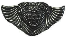 Gürtelschnalle Löwenkopf mit Flügel, altsilber