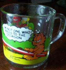 1980 MCDONALD'S GLASS COFFEE MUG - GARFIELD CHARACTERS ON A SEE SAW