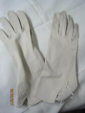 Vintage rayon/nylon blend Ladies Gloves tan/oyster
