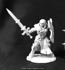 Reaper Miniature Dark Haven Legends Ava Justina, Female Templar RPR 03746