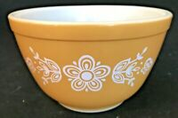 Pyrex Ovenware Vintage Mixing Bowl Gold Yellow White Flowers Butterfly 1 1/2 Pt