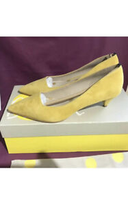 Boden ladies Mustard suede Low heel Leather Sole shoes, size Uk 4 Eu 37