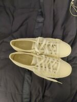 9 Med Keds WF58246 Women/'s Ace Metallic White Silver Shoes