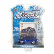Maisto Playerz Luxury Diecast Collection 2005 Dodge Magnum R/T Blue NIP 1:64 Car