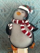 "NOS CRACKER BARREL CHRISTMAS ""JUST CHILLIN"" PENGUIN NIGHT LIGHT"