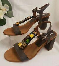 Sandalias y chanclas de mujer de color principal marrón talla 38