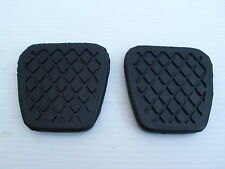 LAND ROVER FREELANDER 1 BRAKE PEDAL & CLUTCH PEDAL RUBBERS - NEW PEDAL RUBBERS