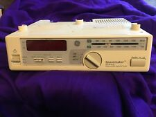 GE SPACEMAKER FM AM  CLOCK RADIO 7-4232B w/ Appliance Outlet, Counter Light, EUC