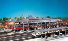 120180 Faller HO Kit of a Train shed - NEW