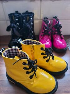 3 pairs of girls lace up/zip patent ankle boots infant size uk 9. In great cond.