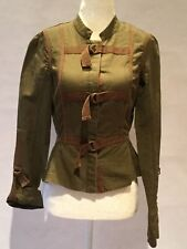 HINGE BRAND JACKET MILITARY GREEN BUCKLE CLOSURES PLEATED BACK SIZE XS NWT