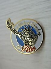 Pin's Vintage Lapel Pin Collector Taste of Freedom by Peter Stuyvesant Lot Z063
