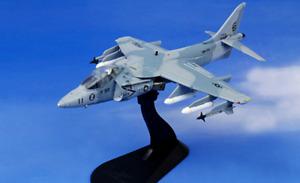 Hobby Master HA2614 1:72 McDonnell Douglas AV-8B Harrier USMC Desert Storm 1991
