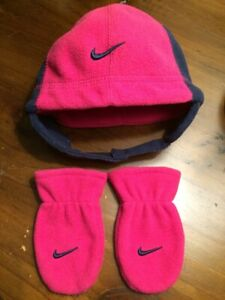 Nike Infant Hat and gloves pre-owned