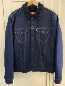 levi's jeansJacke Sherpa trucker Größe L Farbe blau