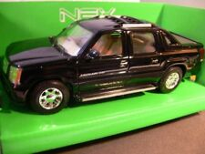 1/24 Welly cadillac escalade ext negro 22430
