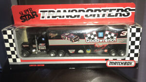 1992 matchbox Limited edition super star transporters Goodwrench Racing #3 18w