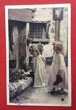 CPA. 1904. NOËL. Petites filles mettant leurs Souliers dans la Cheminée.Stebbing