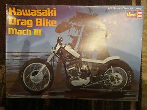 REVELL 1/8 Scale Motorcycle Model Kit H-1275 Kawasaki Drag Bike Mach 111