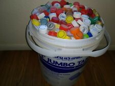 LOT of 100 DIFFERENT ASSORTED PLASTIC BOTTLE CAPS. ART. CRAFTS
