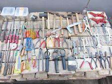 Werkzeug Konvolut Nr. 17989, Werkstattauflösung, Hammer, Schrauben, Zangen