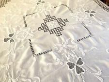 """Vintage Large Embroidered SHAMROCK White Cotton Table Cloth Bedcover 88x98"""""""